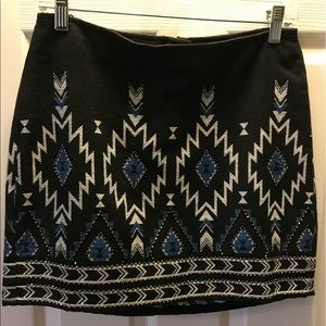 H&M embroidered mini skirt SZ 6